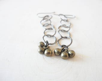 Dangle Earrings, Mixed Metal Earrings, Brass and Gunmetal, Circle Earrings, Link Earrings, Black and Gold, Modern Earrings