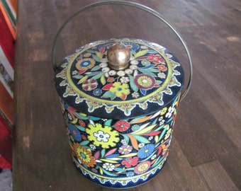Vintage DAHER Round Tin With Lid Floral Pattern