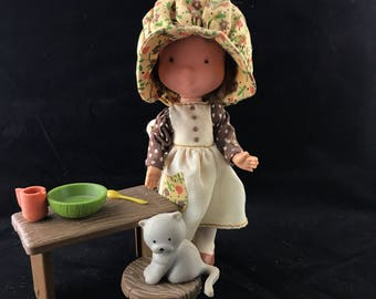 1978 Knickerbocker Toys, Holly Hobby doll. Carrie, with complete outfit, kitty, desk, stool, dish, spoon and cup!