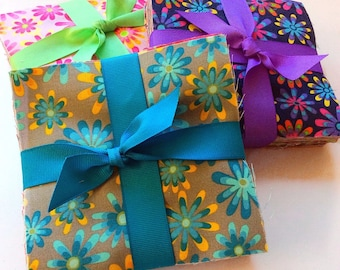 "102 daisy pre cut charm pack 5"" squares 100% cotton fabric quilt"