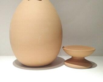 Egg Shaped Piggy bank, Piggy bank no hole, Unopenable money pot, to smash, smashable, piggy bank adult, pottery anniversary gift, coin bank