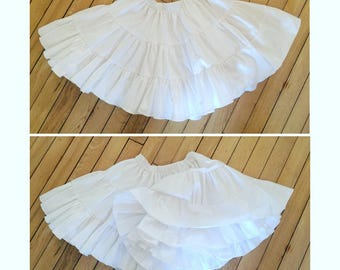 Hand Made Girls Petticoat. Girls Cotton Petticoat. Girls cotton Pettiskirt. Hand made Tutu. White cotton Underskirt. Girls traditional slip.