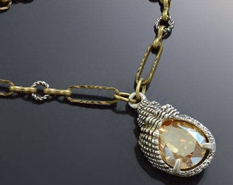 Crystal Seashell Deco Necklace, Crystal Necklace, Seashell Necklace, Gold Necklace, Seashell Jewelry, Crystal Jewelry N1550