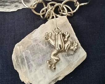 Crystal Frog Selenite Necklace / Raw Selenite Crystal Jewelry Frog Necklace / White Gemstone Crystal Pendant / Natural Stone Frog Jewelry