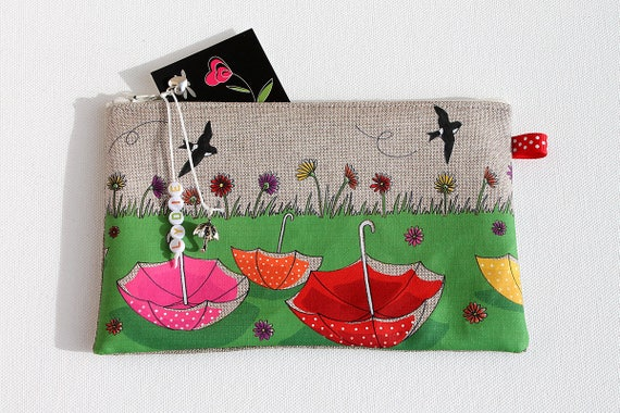 """Pencil case in natural linen with original illustration """"Finally the heyday"""""""
