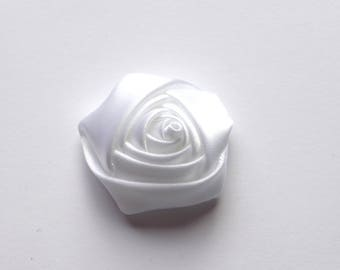 Flower cabochon white rayon fabric
