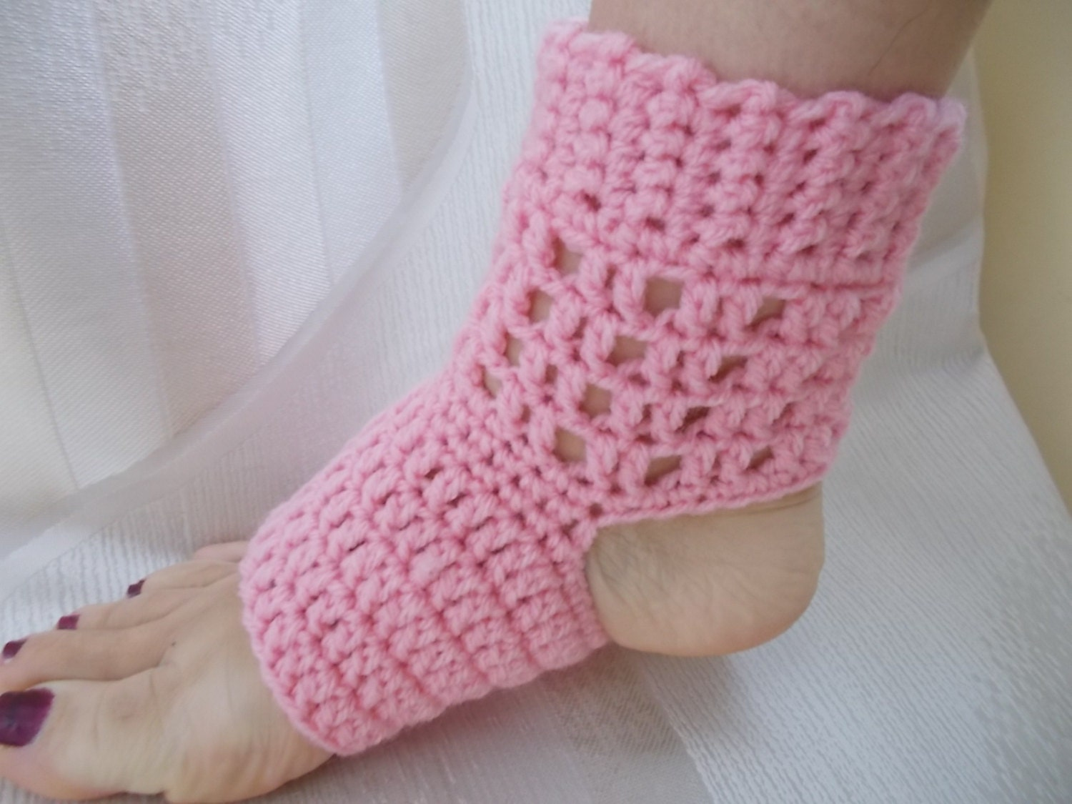 CROCHET PATTERN, Crochet Yoga Socks PATTERN, Yoga Socks, pattern ...