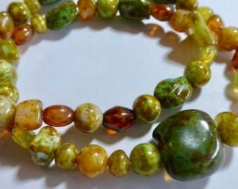 "16"" Strand of Muti Color Nugget Stone Look Glass Beads (50+)"
