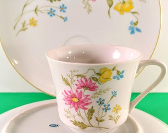 Set of 4 Vintage Luncheon Plates and Cups. White Porcelain with Pink, Yellow & Blue Flowers. Made in Japan. Bridal, Baby Shower Dishes.