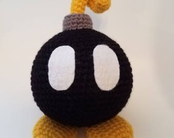 Super Mario Inspired Bomb-Omb Amigurumi Crochet Pattern