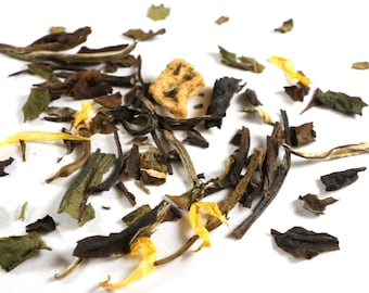 Peach White Tea. Gourmet Loose Leaf White Tea. Rich In Antioxidants. 100% Natural.