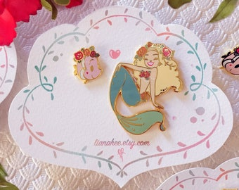 LIMITED EDITION Blonde Floral Mini Mermie Pin Set