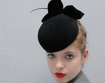 The Black Apple - Pillbox Hat - Sculpted Fur Felt Hat w/ Black Quill & Silk Velvet Bow - Winter Races - Bespoke Millinery