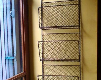 Lovely wire newspaper rack - French vintage rack