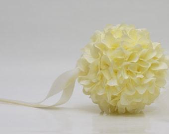 Cream hydrangea kissing ball/pomander ball/flower girl ball/bridesmaid ball wedding party decoration