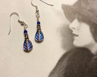 Free US shipping-iridescent glass leaf earrings