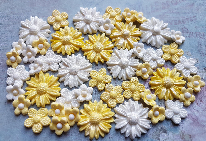30 edible sugar paste fondant flowers daisies cake cupcake toppers 705 shipping izmirmasajfo Choice Image