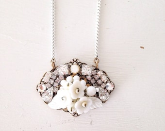 White petals heirloom pendant necklace