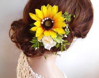 sunflower hair clip, sunflower hair comb, yellow flower hair clip, sunflower wedding, rustic wedding hair accessories, yellow headpiece