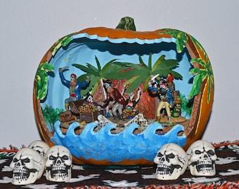 Halloween Diorama, Pumpkin Diorama, Halloween Miniature, Halloween Table Decoration, Pirate Treasure ,Ready to Ship!