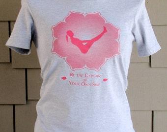 Yoga t-shirt  Boat Pose on Heather Grey