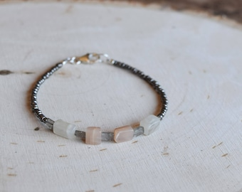 Moonstone and Labradorite Beaded Bracelet
