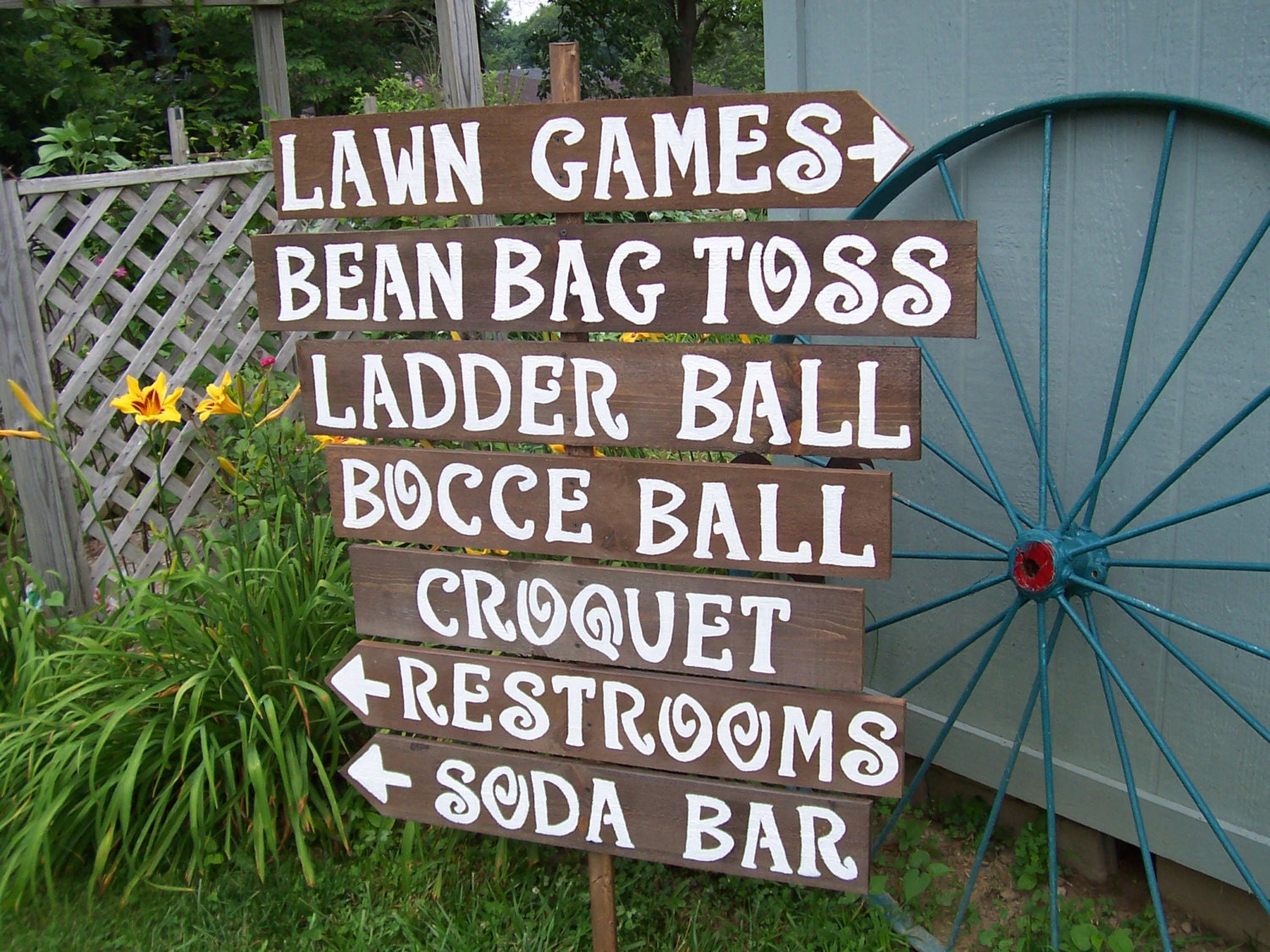 Lawn Game Signs / Yard Game Signs / Outdoor Weddings / Corn