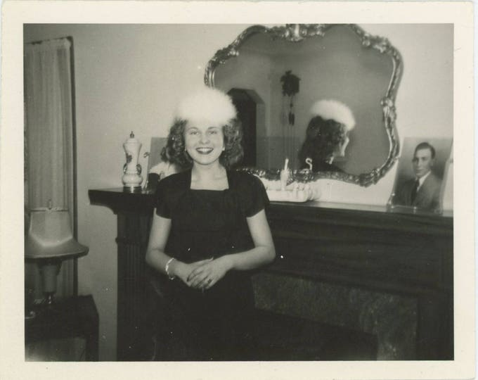 Vintage Snapshot Photo: Betty, 1946 [82654]