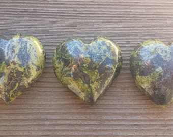 NATURAL SERPENTINE Gemstone Puffy Heart 40-45mm