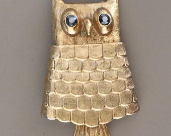 Vintage signed Avon figural owl brooch