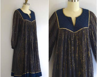 Indian Cotton Gauze Dress/ 1970s Purple Lurex Festival Dress/ Boho Tent Dress/ Womens Size Medium