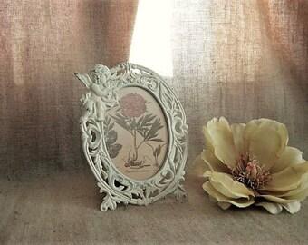 Metal Cherub Frame in Heirloom White / Cherub Photo Frame for Wedding or Home Decor / Victorian Picture Frame