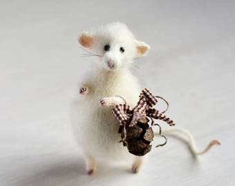 White sculpture mouse art doll Mouse rat doll home decor felt mouse toy room decoration birthday gift for her art mouse gift for girl