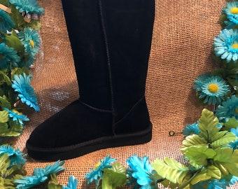 Katydid black boots