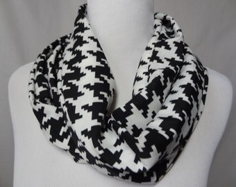 Black and White Houndstooth Scarf, Infinity Scarf, Houndstooth Shawl, Black and White Scarf, Circle Scarf, Gift for Her, Scarf,FREE SHIPPING