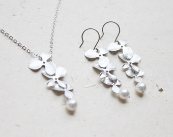 Tripple orchid flower Necklace and Earrings SET