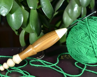Hand turned Boye ( US size 2 = 2,25 mm) Steel/ Hornbeam and Silverberry wood Ergonomic Crochet Hook, Combined Crochet hook, # 346