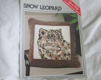 Snow Leopard Leaflet
