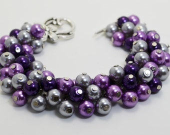 Purple and Gray Pearl  Bracelet, purple  gray chunky bracelet, purple bridesmaid jewelry, purple and gray wedding combination, Pearl jewelry