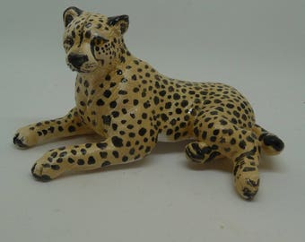Ceramic Cheetah Miniature Sculpture