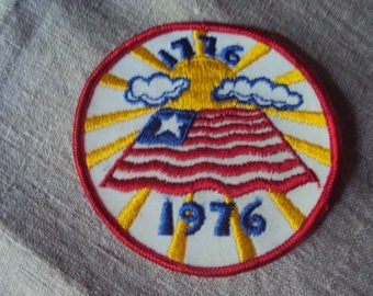 Vintage 76 American Patriotic Bicentennial 1776 to 1976 Sew On Patch