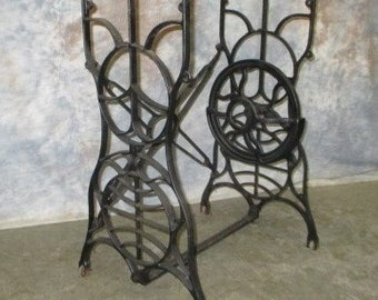 Treadle Sewing Machine Cast Iron Base Industrial Age Table Singer Steampunk Lt,  Treadle Base Table Sewing Machine Table Metal Table Base