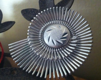 "Vintage 70's ""ART DECO SLIDE"" Silver Toned Modernist / Steampunk Style Round Clip"