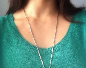 Rose quartz necklace. Rose quartz pendant. Pale pink bow. Long necklace. Rose quartz jewelry. Semi precious stones. Healing crystals.