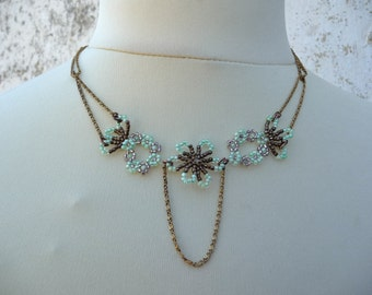 Delice reffined beaded floral necklace
