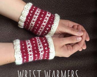 Red Heart Woollen Wrist Warmers