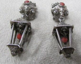 800 Silver Lantern and Coral Clip On Earrings
