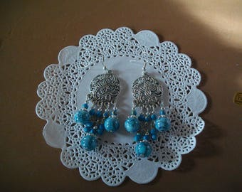 earring pendant with blue beads