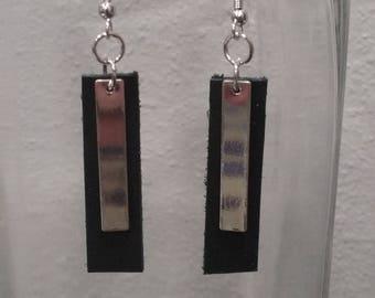Black/Silver Bars