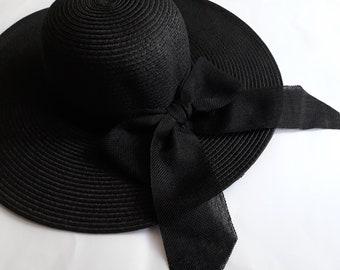 Black Beach Bow Hat